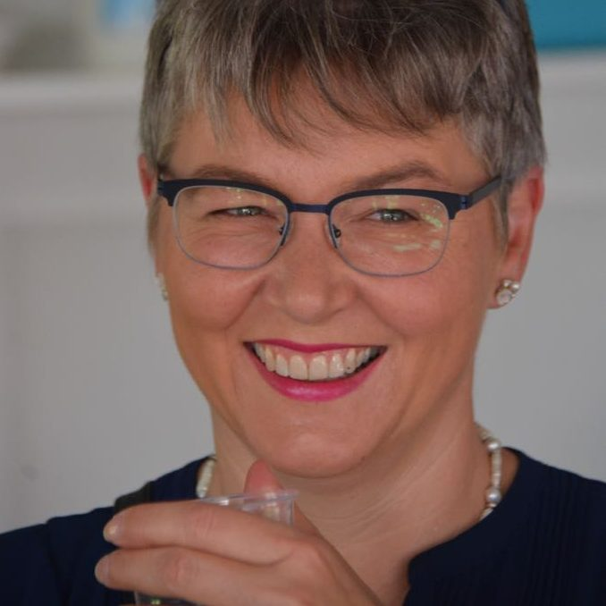 karin-hofer